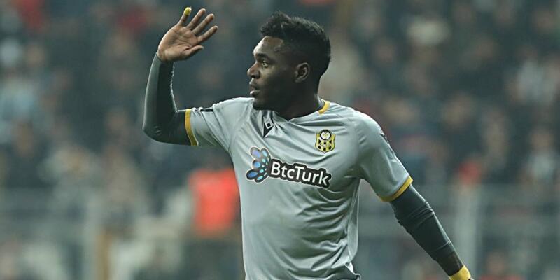 Süper Lig ekibi transferi duyurdu; Yıldız futbolcu Çin'e gidiyor…