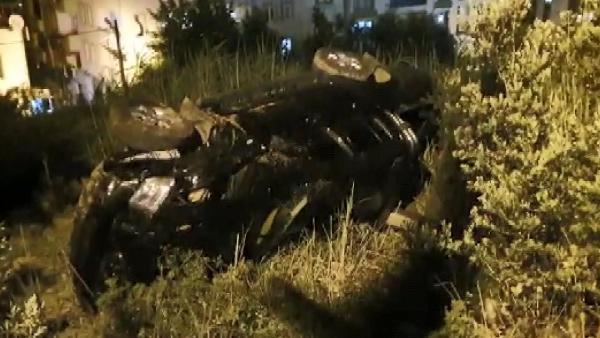 Bursa'da otomobil şarampole yuvarlandı