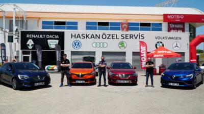 Arabaseverler Bursa'da buluştu