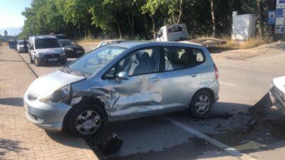 Yer: Bursa… Kavşakta kaza: 2 yaralı
