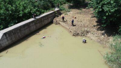 Kayıp Derya için Narlıdere boşaltılıyor