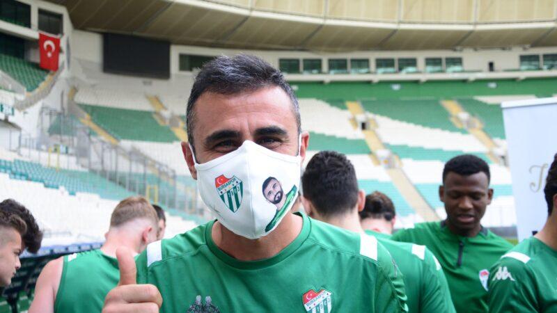 Bursaspor'a 11 bin maske… Alkışlar eski yöneticilere…
