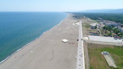 Türkiye'nin en uzun sahilinde sosyal mesafe hazırlıkları tamamlandı