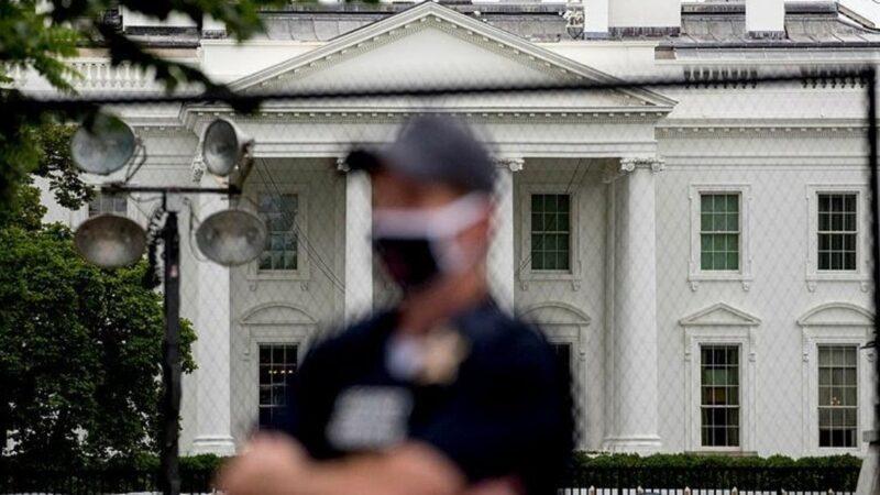 Tarihin en büyük yürüyüşü… Beyaz Saray çembere alındı…