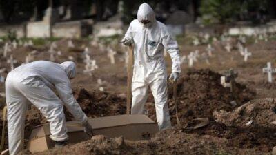 Salgın tün dünyada etkisini yitirirken bir ülke koronavirüsün esiri! Bir günde 1280 ölüm