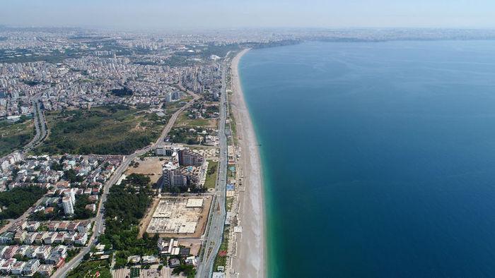 Dünyaca ünlü sahil tehlikede! 60 yılda 35 metre…