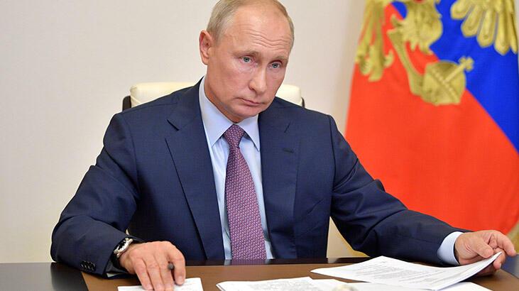 Kesin sonuç ilan edildi, Putin'e 2036'ya kadar başkanlık yolunu açıldı!