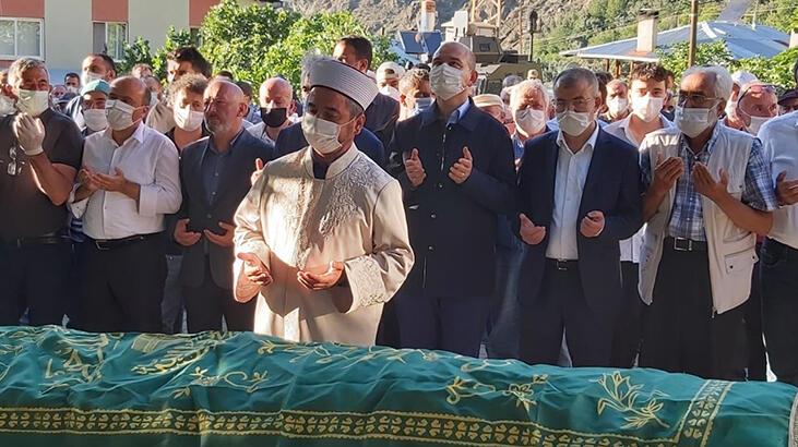 Artvin'deki sel felaketinde hayatını kaybedenler defnedildi
