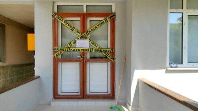 Şerit çekildi, yazı asıldı! Bursa'da bir binaya koronavirüs karantinası