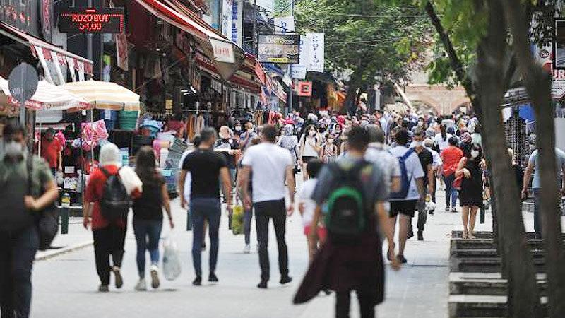 Bursa'da vaka artışına rağmen kurallara uyulmuyor! Başkan Aktaş'tan da uyarı geldi…