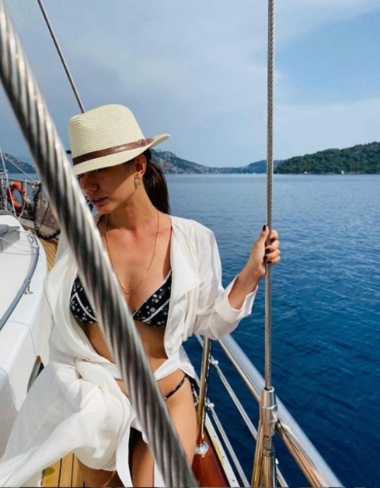 Ünlülerin doğal tatil paylaşımları…