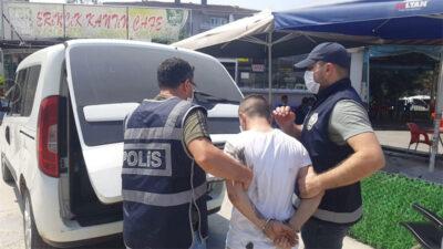 Bursa'da haklarında yakalama emri bulunan iki kişi yakalandı
