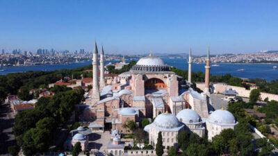 Bursa Valisi ve başkanlardan Ayasofya paylaşımları