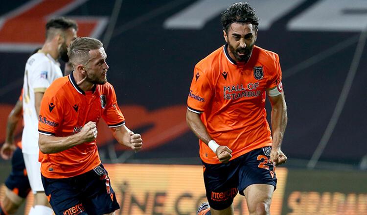 Başakşehir şampiyon… Süper Lig'de bir ilk…