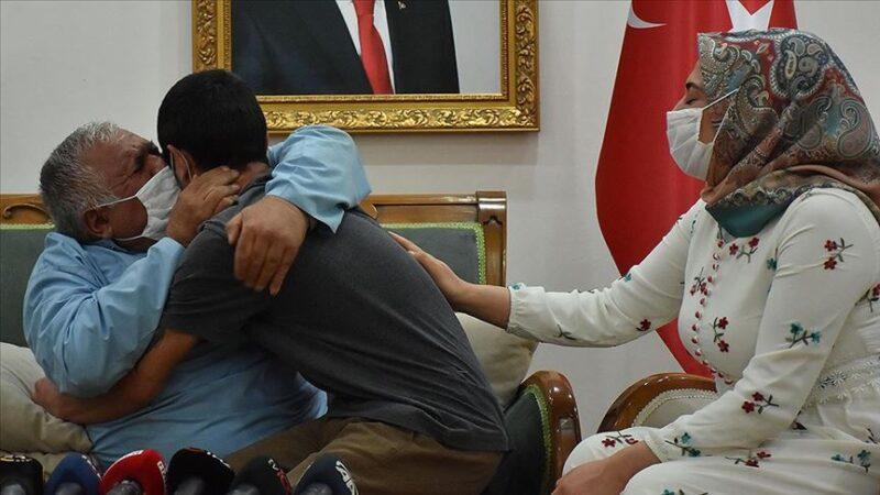Diyarbakır'daki evlat nöbetinde 14. kavuşma