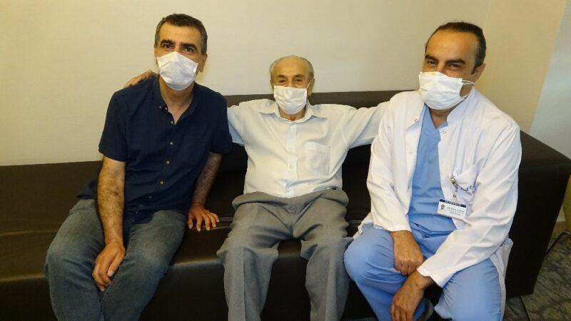 Kardiyolojide devrim! 80 yaş üzeri de ameliyat olabilecek…