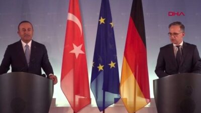Bakan Çavuşoğlu Almanya'dan mesaj verdi; Seyahat uyarısını gözden geçirmeli…