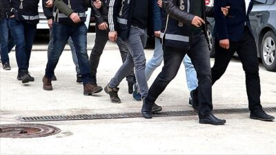 Bursa'da FETÖ operasyonu: Çok sayıda gözaltı