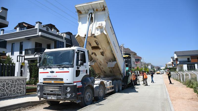 İnegöl sokakları milli ve yerli beton yollarla kaplanıyor