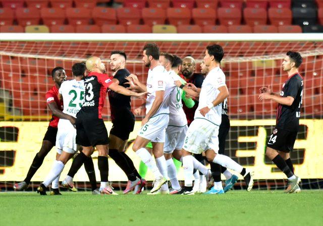 Süper Lig ekibi maçın tekrarını istiyor…