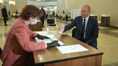 Rusya'da oyların yüzde 99'u sayıldı… Putin 83 yaşına kadar!