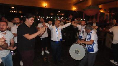 Bursa ekibi 3.Lige yükseldi! Şampiyonluğu doyasıya kutladı…
