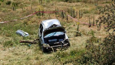 Bursa'da şarampole yuvarlanan araç sürücüsü hayatını kaybetti