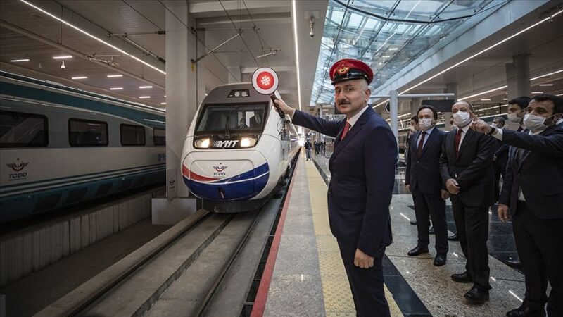 İşte beklenen haber: Hızlı trenin bir ucu Bandırma, bir ucu Osmaneli ihaleye çıktı
