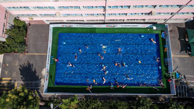 Bakanlık'tan Bursa dahil 19 ile portatif yüzme havuzu