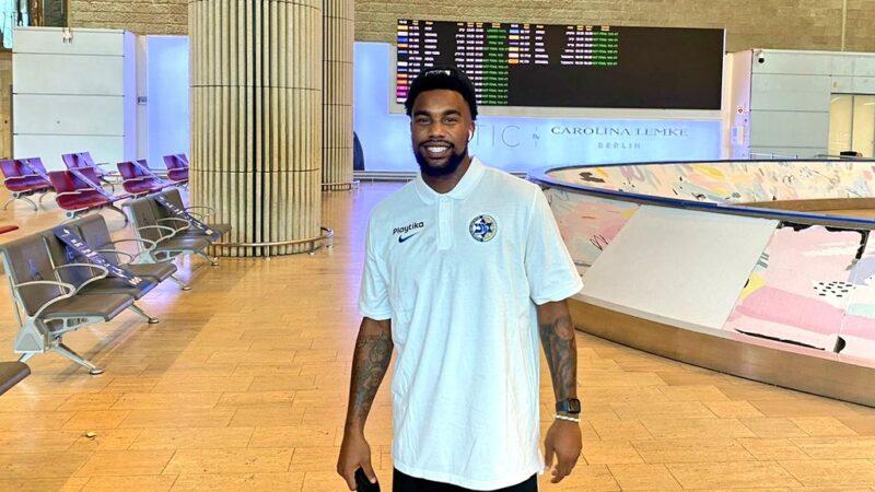 Chris Jones resmen Maccabi'de