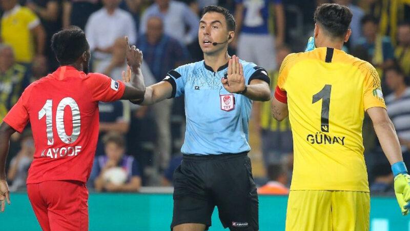 UEFA'dan Bursalı hakeme görev… Bakın hangi maçı yönetecek?