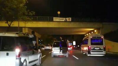 Görüntüler Bursa'dan! Trafikte tehlike saçan düğün konvoyu