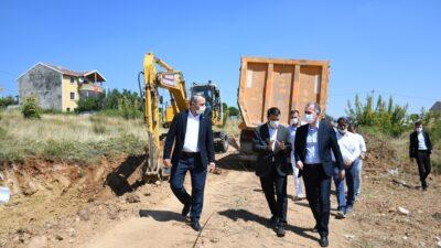 İnegöl'de yerleşim alanlarının yolları açılıyor
