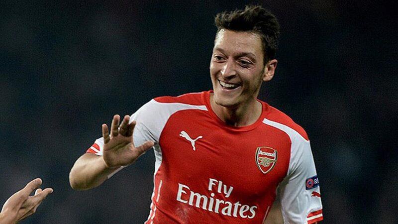 Arsenal'den flaş Mesut Özil kararı