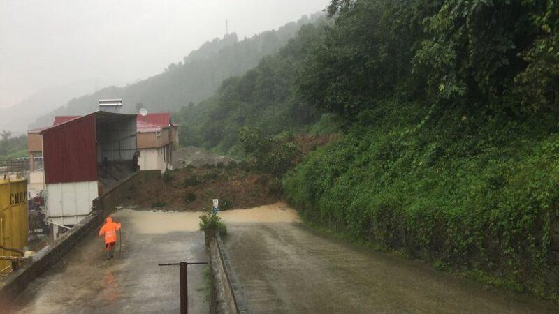 Trabzon'da sel ve heyelan: 1 ölü