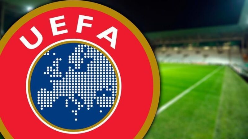 UEFA'dan flaş seyirci açıklaması!