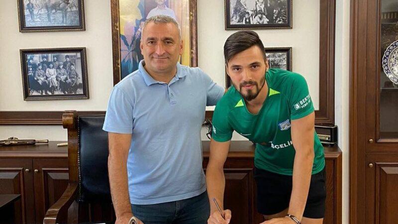 Bursa ekibinde transfer… İmzayı attı…