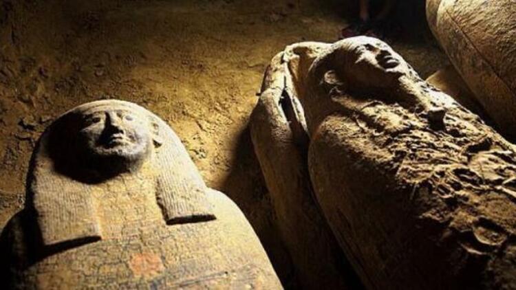Mısır'da 2500 yıllık 27 adet lahit keşfedildi