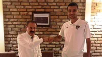 Rüştü Hanlı Vanspor FK'ya imza attı