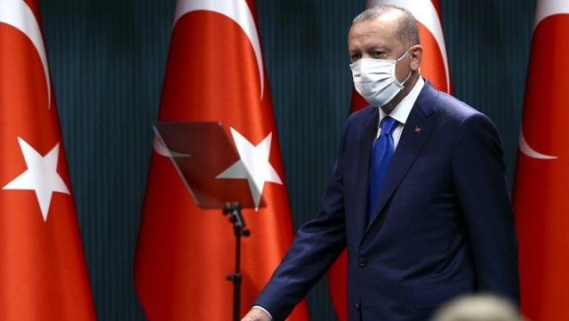 Erdoğan'ın katıldığı toplantı için korona testi yaptıran belediye başkanı pozitif çıktı