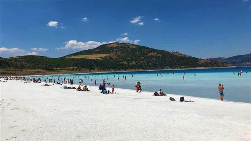 Salda'nın 'Beyaz Adalar' bölgesinde göle girilmesi yasaklanabilir