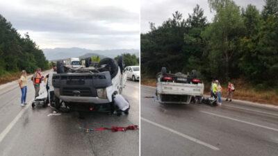 Bursa'da feci kaza! Bariyerlere çarpıp takla attı