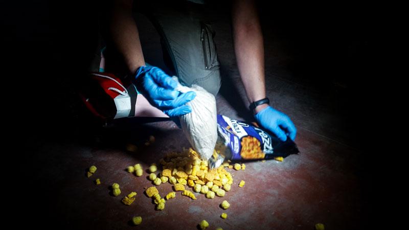 Bursa'da cips paketine uyuşturucu saklamışlar