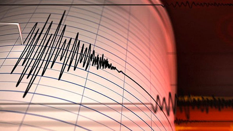 İzmir'de bir deprem daha