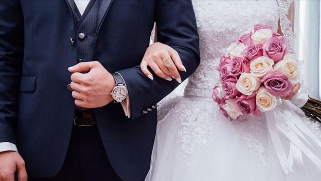 Oğlunun düğününe 1500 davetli çağıran AK Partili vekile para cezası