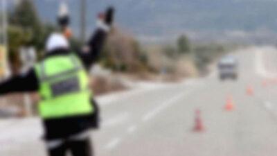 Bursa'da hareketli dakikalar! Aracı polislerin üzerine sürdü