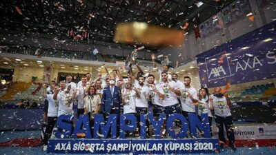AXA Sigorta Erkekler Şampiyonlar Kupası'nın sahibi Fenerbahçe HDI Sigorta