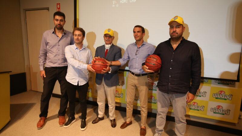 Frutti Extra Bursaspor'dan yeni sezon öncesi isim sponsoru ziyareti…