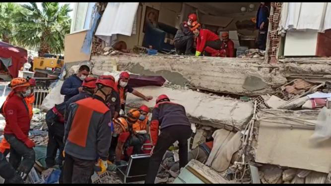 Osmangazili ekipler deprem bölgesinde