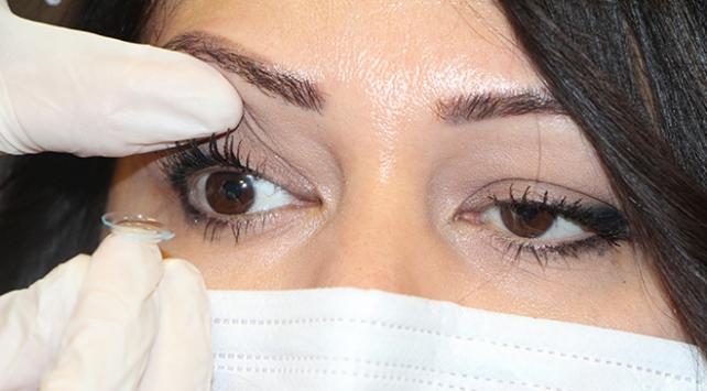 Lens kullanımında koronavirüse karşı 'hijyen' uyarısı